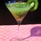 Happy Hour - Kiwi Caipirinha